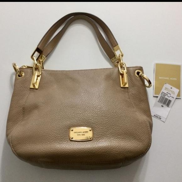 330b49b77867 Michael Kors BROOKE Dark Khaki Shoulder Bag Medium.  M_5a35755d61ca10601b0173c1. Other Bags ...